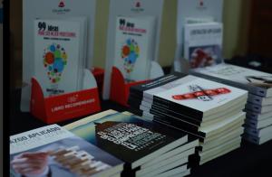 Colección de libros TMT en la 19 Jornada TMT