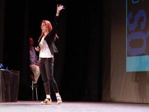 Presentación de Nuria Oliver en la 19 Jornada TMT.